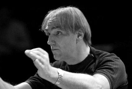 le chef d'orchestre Daniel Kawka, boulézien émérite