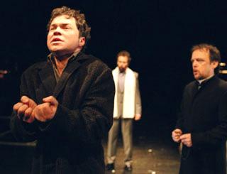 le baryton Hagen Matzeit, bouleversant Lenz de l'opéra de Rihm