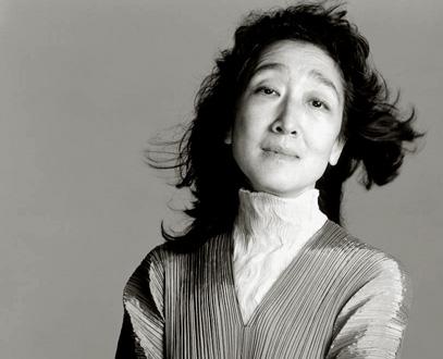 la pianiste japonaise Mitsuko Uchida photographiée par Richard Avedon