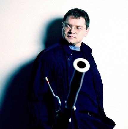 Pascal Gallois s'entretient avec le musicologue Bertrand Bolognesi