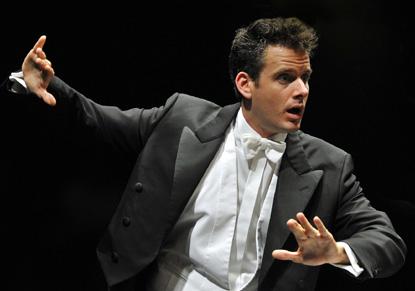 le chef d'orchestre Philippe Jordan par Johannes Ifkovits, en action