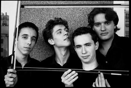 les jeunes musiciens du Quatuor Ébène
