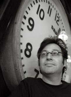 le compositeur Oscar Strasnoy photograpié par Bertrand Bolognesi