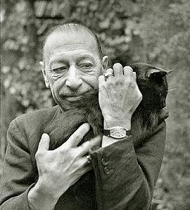 le compositeur russe Igor Stravinsky et son chat Prophète